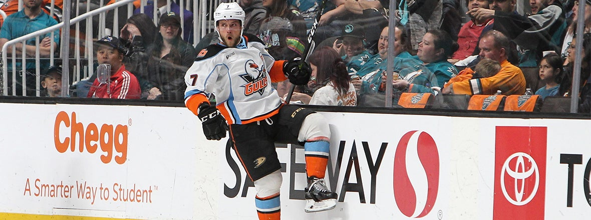 Gulls Win Game 3 to Put Barracuda on the Brink